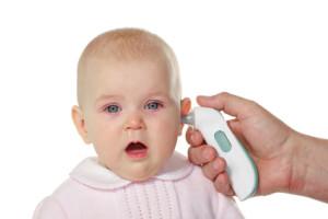 8 months baby girl having fever