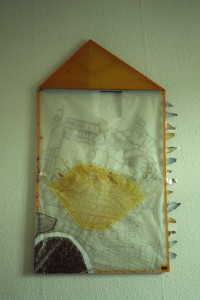 "WVZ 1-3-85, Holz, Transparentpapier, Silberfolie, Kordel, Tempera, ""Sonne-Mond-Drachen"", 1985, 63 x 113"