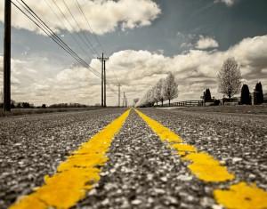 Straße, gelbe Linien