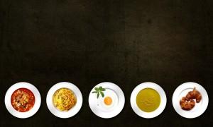 5 Teller mit Speisen