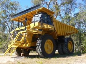 gelbes Baufahrzeug