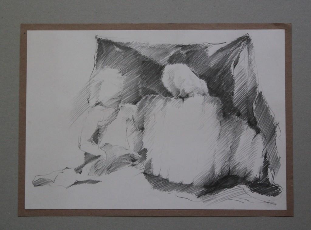 Szene mit Stoffgebilde, Bleistift auf Papier, Anfang 80-er Jahre, 40 x 27,5