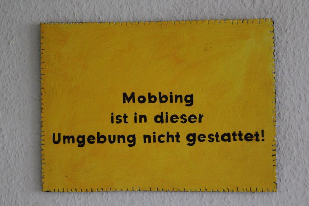 """WVZ 5-11-17, Acryl auf Sperrholz, """"Objekt: """"Mobbing..."""", 2017, 38 x 27,5."""