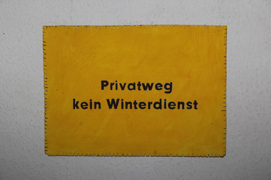 """WVZ 20-12-17, Acryl auf Sperrholz, """"Objekt: """"Privatweg..."""", 2017, 38 x 27,5"""