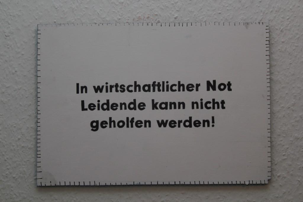 """WVZ 1-2-19, Acryl, Faserstift auf Sperrholz, """"Objekt: """"In wirtschaftlicher Not..."""", 2019, 38 x 26,5"""