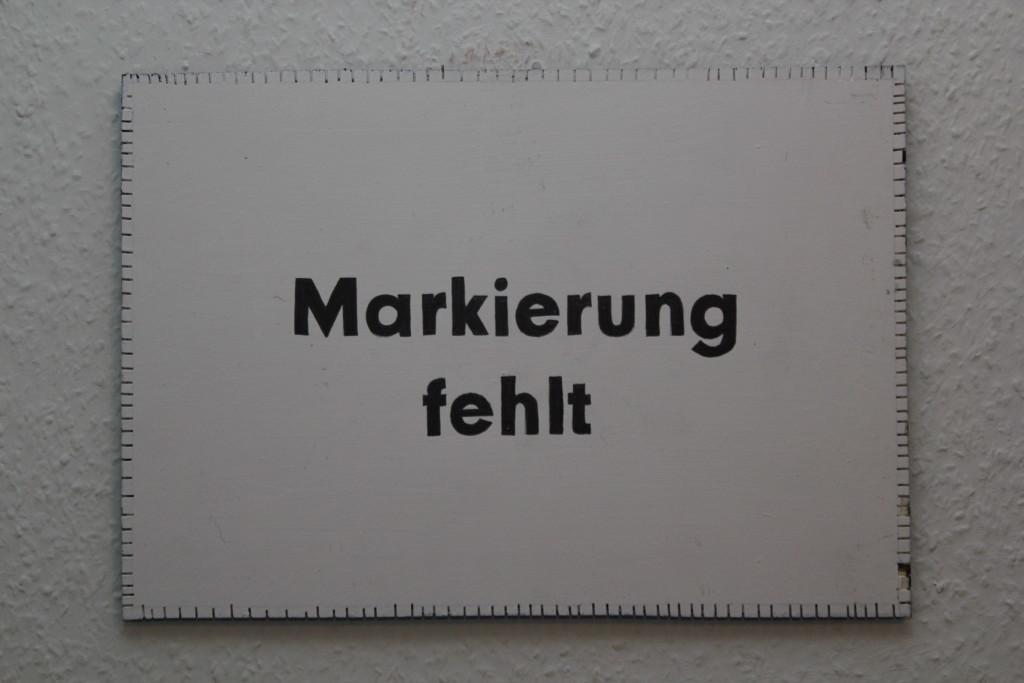 """WVZ 2-2-19, Acryl, Faserstift auf Sperrholz, """"Objekt: """"Markierung fehlt"""", 2019, 38 x 26,5"""